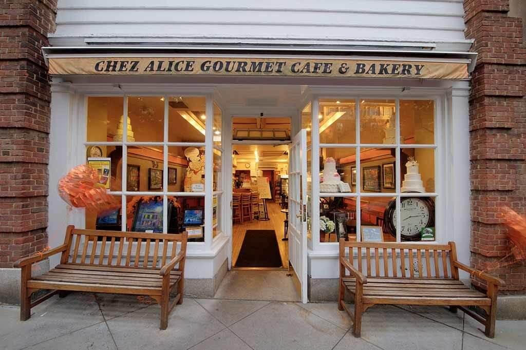 Chez Alice Gourmet Cafe & Bakery